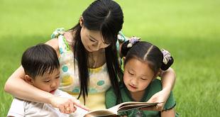 Người mẹ có phẩm chất dịu dàng, tâm trạng ôn hòa sẽ là nền tảng một gia đình hạnh phúc và là phúc đức cho những đứa con. Ảnh: Nipic.